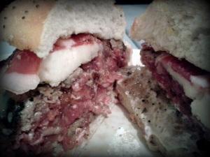 Carne pocohechacasicruda... yeaaah